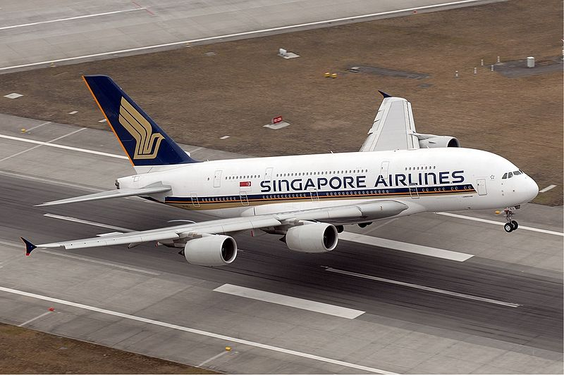 http://wiigy.com/cp/wp-content/uploads/2011/10/800px-Singapore_Airlines_Airbus_A380_woah.jpg